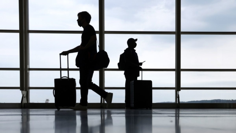 US to Relax Travel Restrictions for Vaccinated Foreign Travelers in November